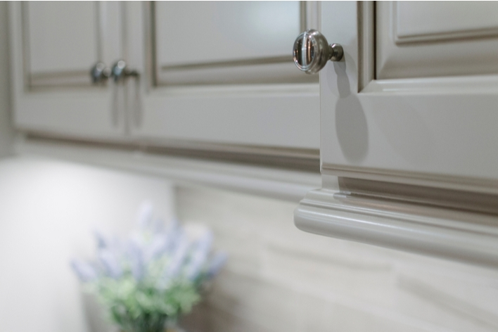 New kitchen cabinet hardware