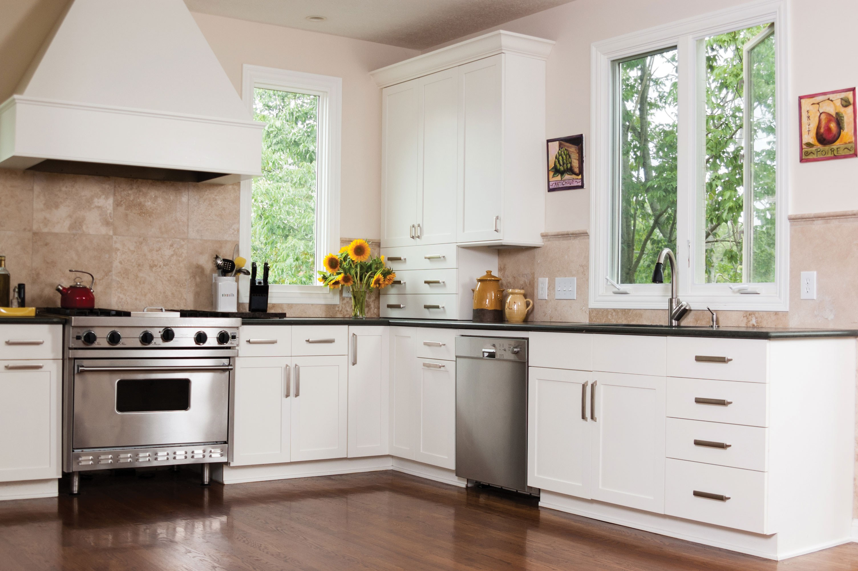 Ww Casement White Kitchen Lg